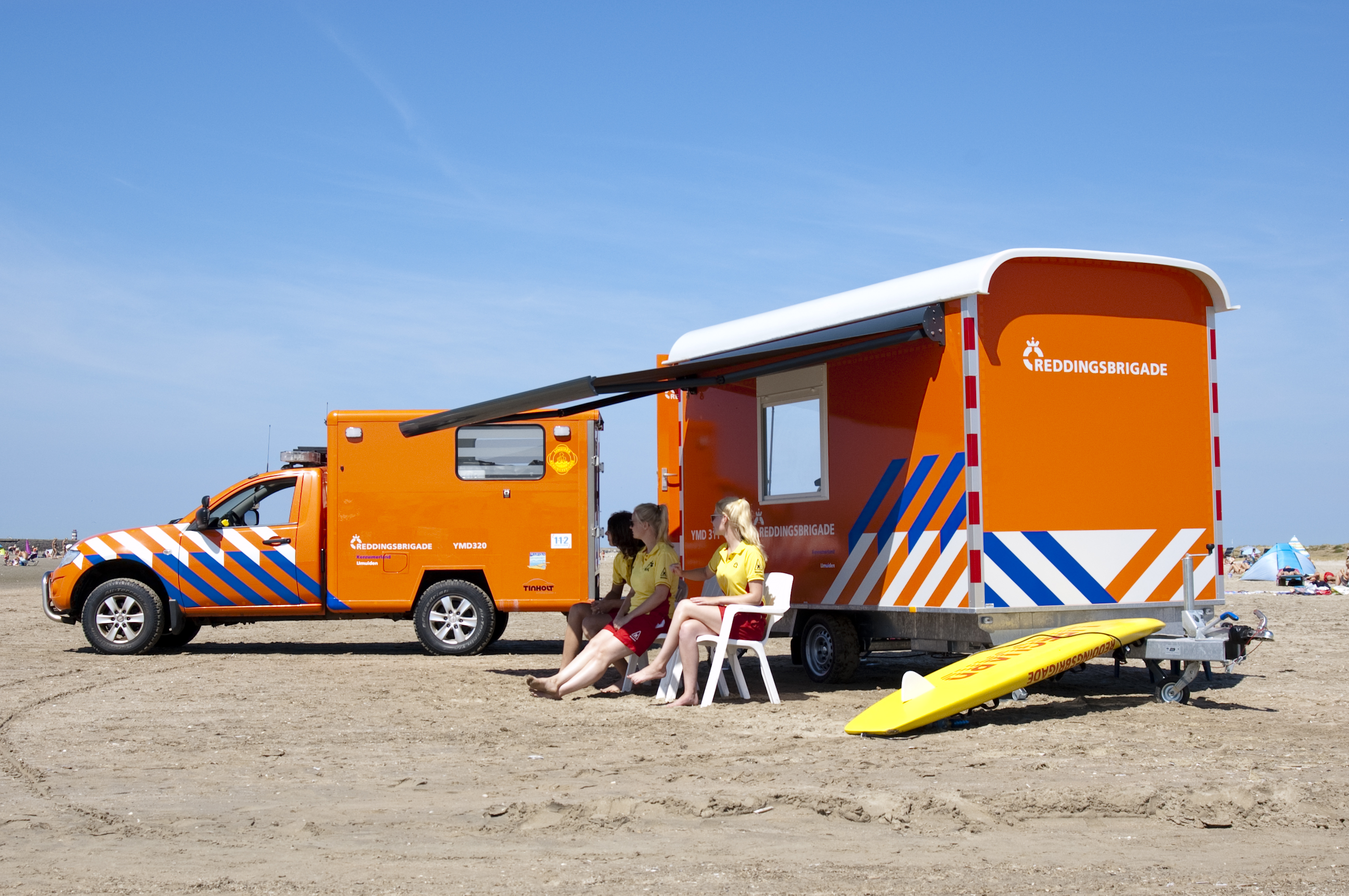 mobiele post L200 terreinwagen lifeguards