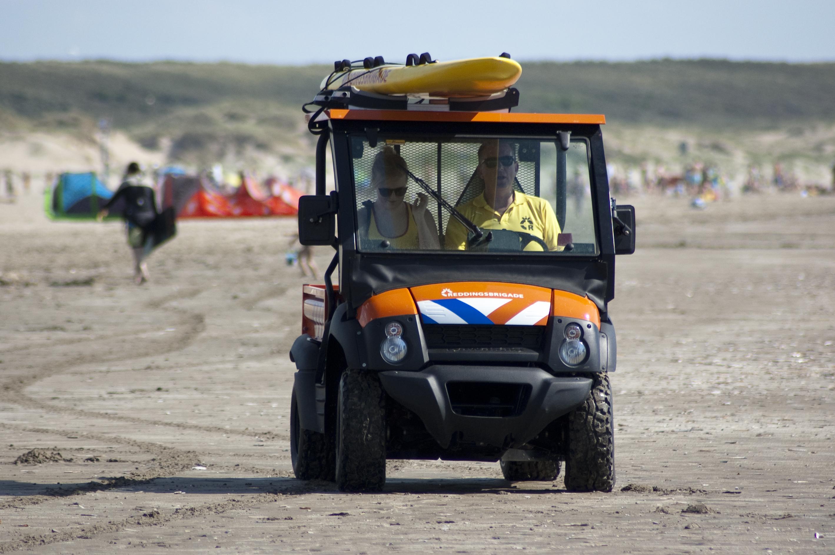 Mule lifeguard strand