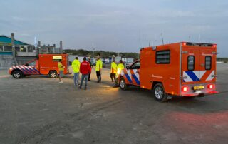 Reddingsbrigade vermissing Strand IJmuiden - voertuigen tijdens alarmering